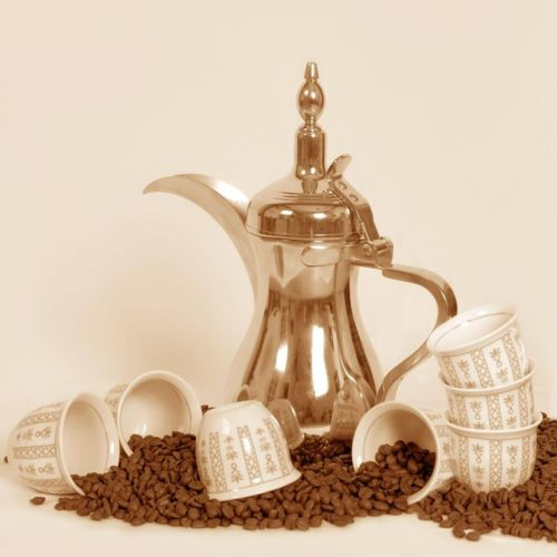 dallah traditional arabic coffee pot with cups